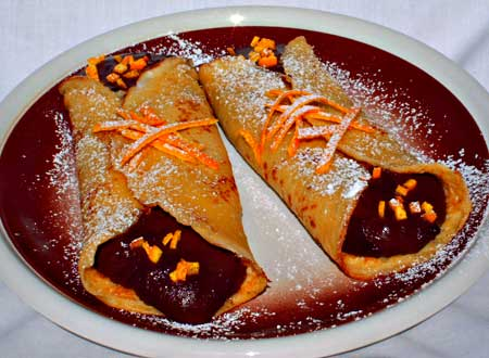 cannoli di crepes al cioccolato